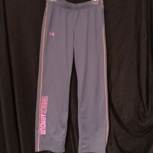 Girls UA sweatpants size XL